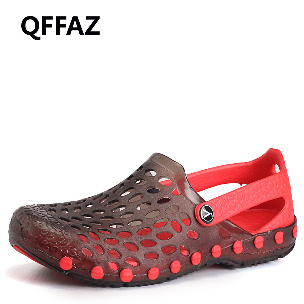 QFFAZ Summer Outdoor Man Sandals Fashion Hollow Breathable Beach Shoes Jelly Casual Flat Sandals Shoes Flip Flops Big Size 39-45