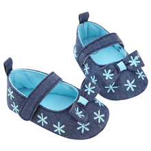 Baby Girl  Embroidery Bowknot Snowflake Pinting Princess Shoes Newborn Toddler Casual Crib Shoes First Walkers 0~18 Month
