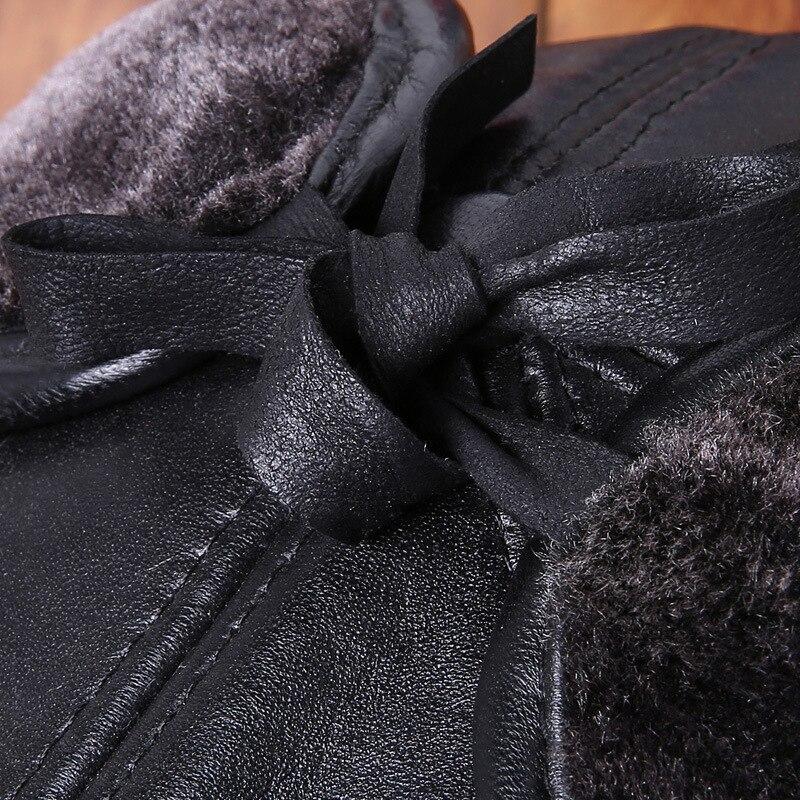 TIMESWOOD  orejeras gorra de Cuero cuero genuino ruso béisbol de invierno  cálido Real vacuno oído sombreros para hombres mujeres huesos en Gorras de  ... 02b9a693a29
