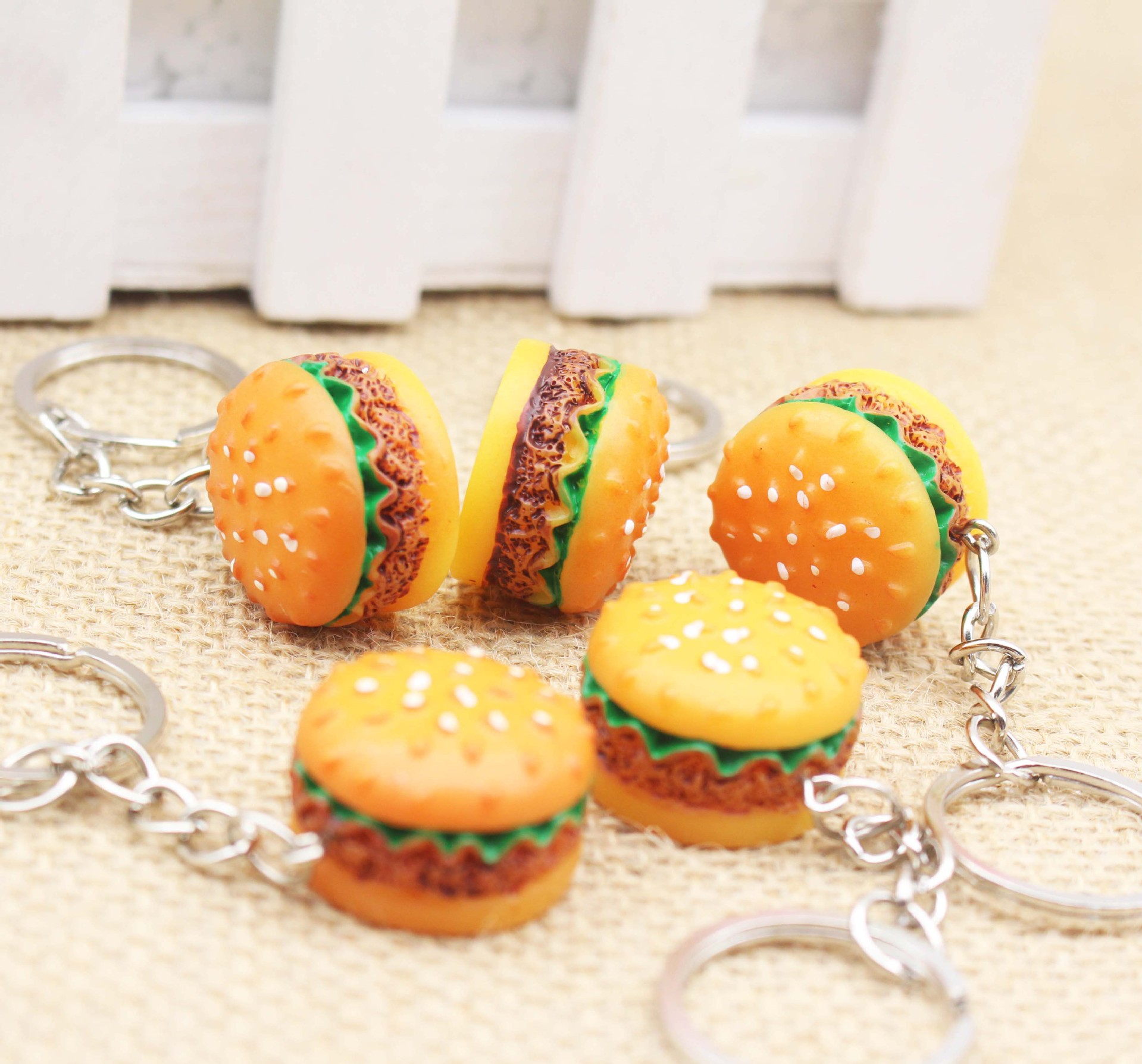 3PCS / Lot Novel Hamburger KeyRings Pendants Gifts/ Bags Wallet Accessories Carro  Phone Kids Cute Diy Purse Hardware novel 3