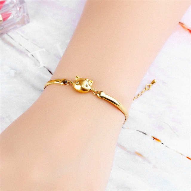 3690b3efd XQNI Lusciousness Style Hello Kitty Design Wedding Women Bracelet Jewelry  Gold Color Anti allergy Female Romantic Gift-in Charm Bracelets from  Jewelry ...
