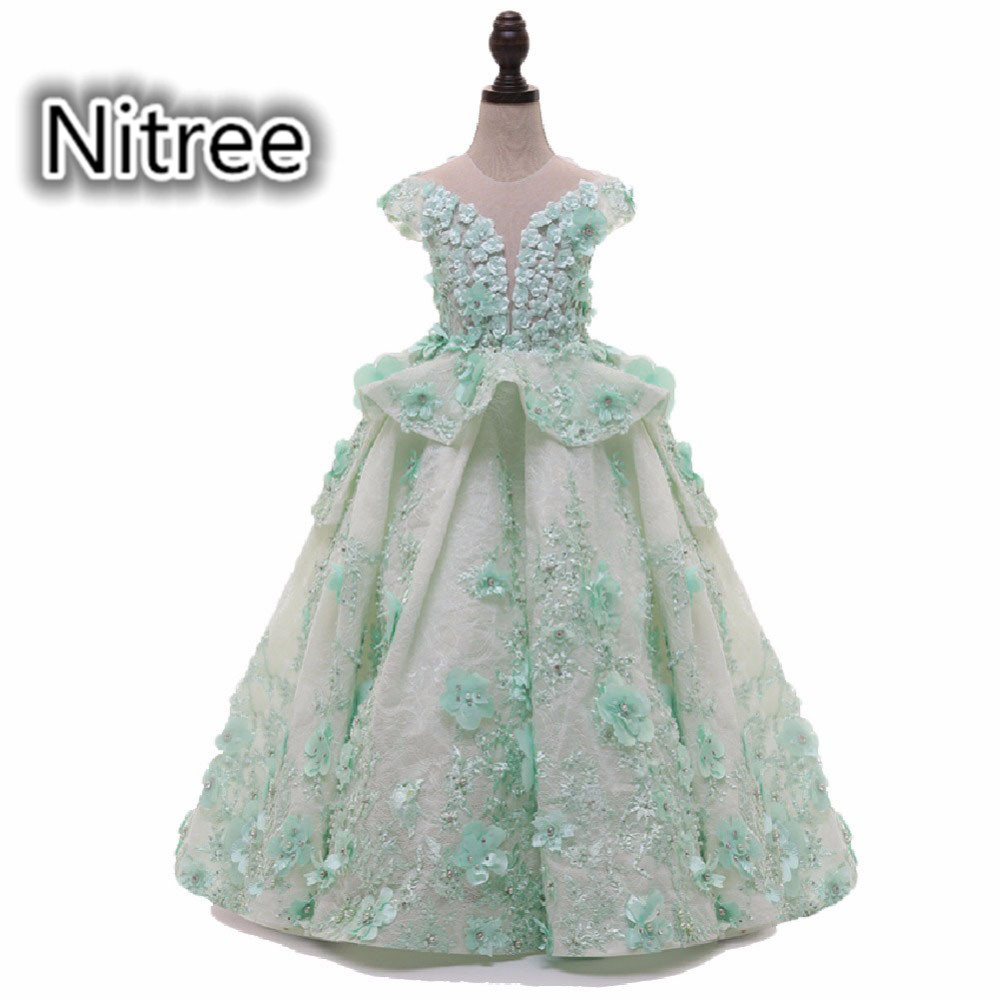 Floor Length Pretty A Line Light Green   Flower     Girls     Dresses   O Neck Cap Sleeves Handmade   Flowers   with Pearls   Girls   Pageant Gowns