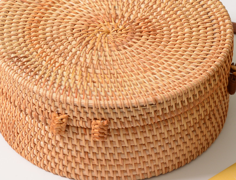 18 Round Straw Bags Women Summer Rattan Bag Handmade Woven Beach Cross Body Bag Circle Bohemia Handbag Bali 19
