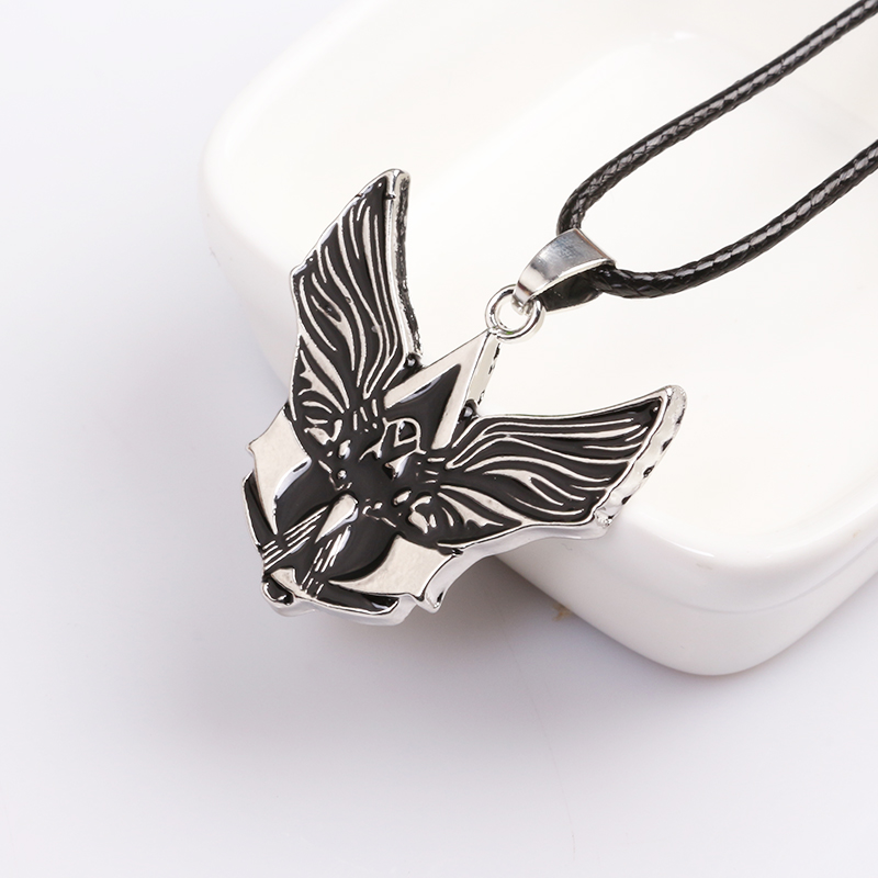 Assassins Creed Necklece Black Wings Assassins Creeds Rope Chain Pendant jewelry Factory Direct Sale