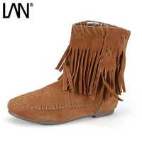 LANSHULAN 2017 Autumn Winter Woman Boots Cotton Padded Woman Flat Boots Fashion Sweet Tassel Fringe Slip