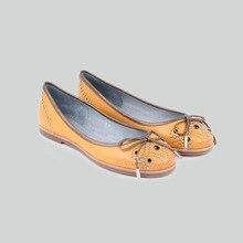 BASIC-EDITIONS 2016ใหม่ฤดูใบไม้ผลิฤดูร้อนผู้หญิงรองเท้าส้นเตี้ยรองเท้าลำลองRivetตกแต่งหนังแท้รองเท้าเรือ1813-2