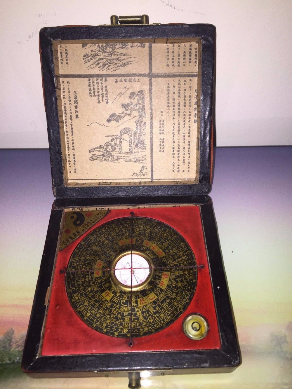 Old Chinese Feng Shui wood usable compass with box paint dragon phoenix Boxes