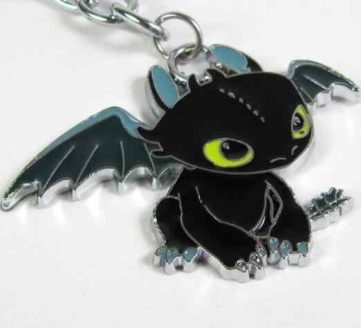 Quente como treinar seu dragão desdentado noite fúria chaveiro moda luz fúria colar pingente chaveiro broche crianças figura brinquedo