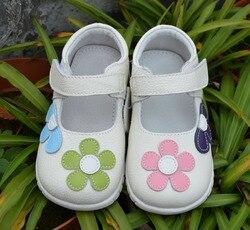 الفتيات أحذية جلد طبيعي أسود ماري جين مع الزهور زهرة بيضاء أحذية الأطفال نوعية جيدة الأسهم ليتل أطفال أحذية جميلة