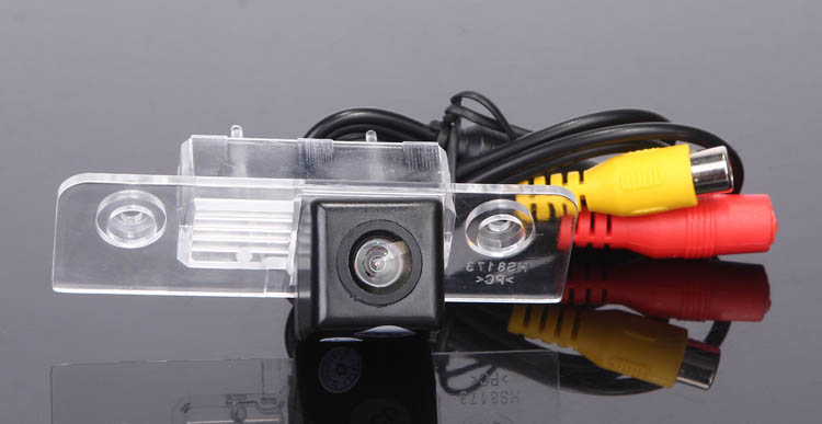 CCD Car Rear View Camera for Skoda Octavia Reverse Backup Review Reversing Parking kit Monitor Sensor Waterproof Free Shipping color car camera free shipping for 2012 asia kia k5 car rear view camera reverse backup parking aid waterproof