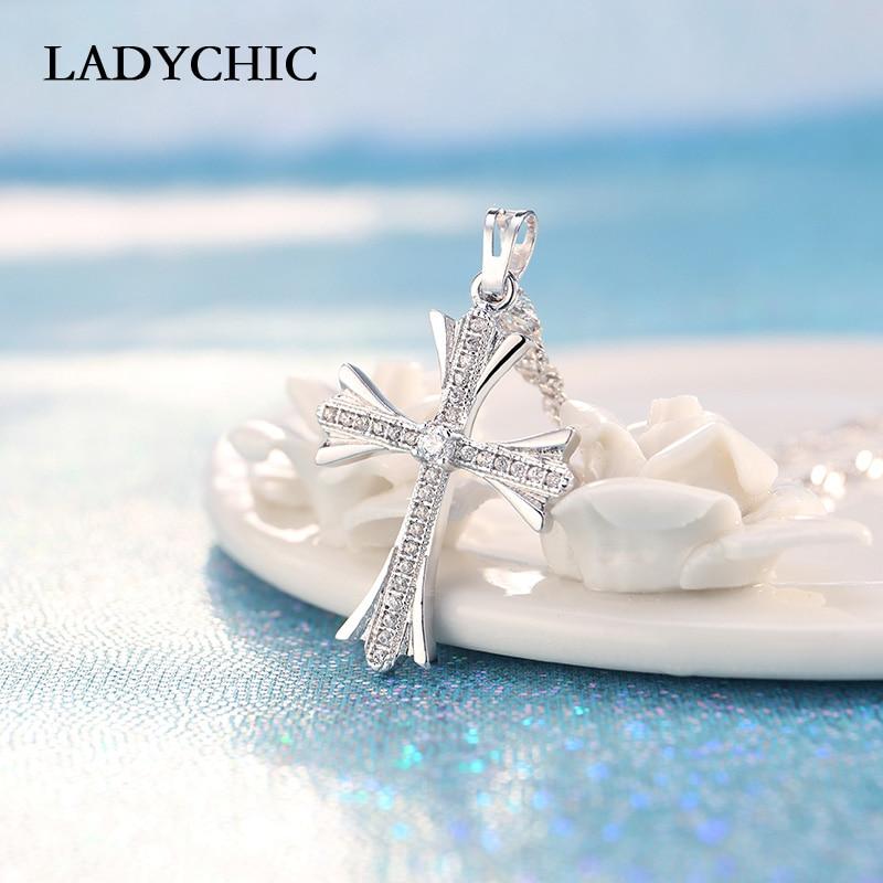 2f1127ddbe5f Elegante Cubic Zirconia Cross collares con colgantes de plata esterlina cruz  cristiana Jesús de la joyería
