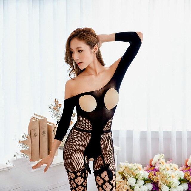 порно фильм в одежде в чёрном белье