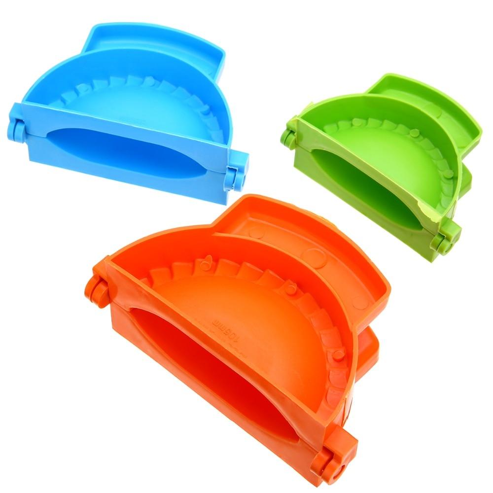 3Pcs Colorful Dumpling Mould Empanada Meat Dough Press Molds Maker DIY Kitchen Baking Tool New 1