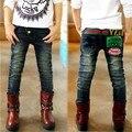 2016 Nova crianças roupas de Outono meninos jean com carta de impressão macio materiail crianças calças de brim B090