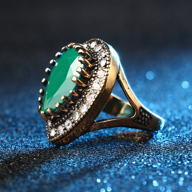 Gold Plated Vintage Ring with Crystals