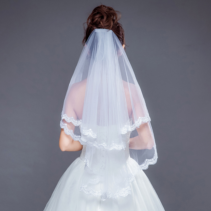 New Bridal Veil Wedding Accessories Short Wedding Veil White Ivory Two Layer Bridal Veil Luxury Appliques Lace Edge With Combs