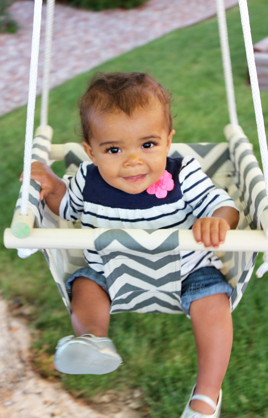New Design Printed Canvas Baby Swing Hanging Chair With Wood Safe Outdoor Child Kids Play Swing