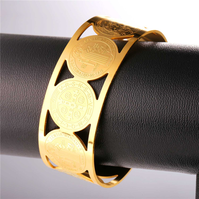 Collare Saint Benedict Medal Bangles 316L Stainless Steel Men Jewelry Gold Color St Benedict Medal Cuff Bracelets Women H162 9