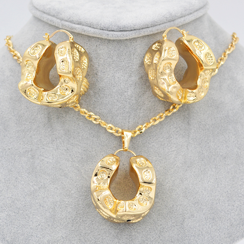 Sunny Jewelry Trendy New 2019 Big Hoop Jewelry Sets For Women Earrings Pendant Copper Cheese For Party Wedding Jewelry FindingsSunny Jewelry Trendy New 2019 Big Hoop Jewelry Sets For Women Earrings Pendant Copper Cheese For Party Wedding Jewelry Findings