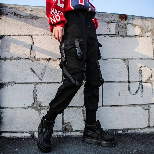 Black High Waist Cargo Pants Women Pockets Patchwork Casual Funny Loose Streetwear Pencil Pants Fashion Hip Hop Women Trousers