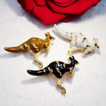 New Vintage Kangaroo Brooch Men Fashion Animal Enamel Rhinestone Brooches Women Scarf Sweater Pins Easter Party Jewelry(China)