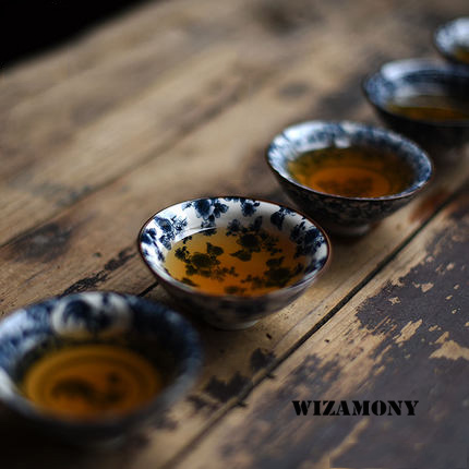 Traditional White Blue Tea Porcelain Cups 1