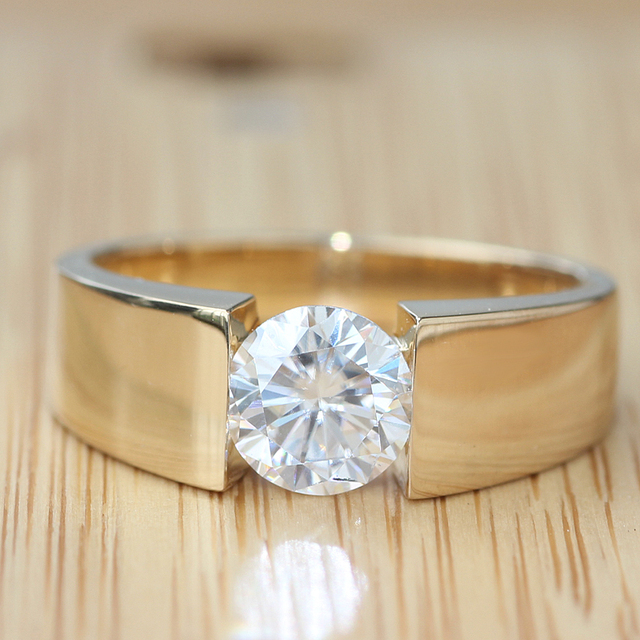 Queen Brilliance Genuine 18K 750 Yellow Gold 1 Ct G-H VVS2 Lab Grown Moissanite Diamond Engagement Wedding Ring For Men