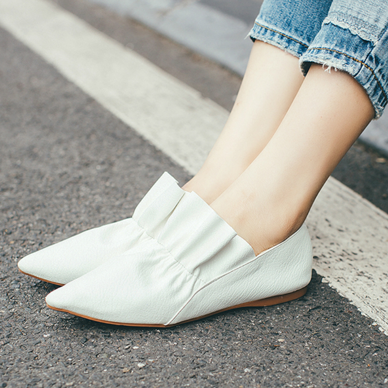 ФОТО New Fashion Brand Spring Shoes Black Thick Heel Pointed Toe Cow Leather Women Pumps Slip on Sweet Sexy Gloves Lady Causal Shoes
