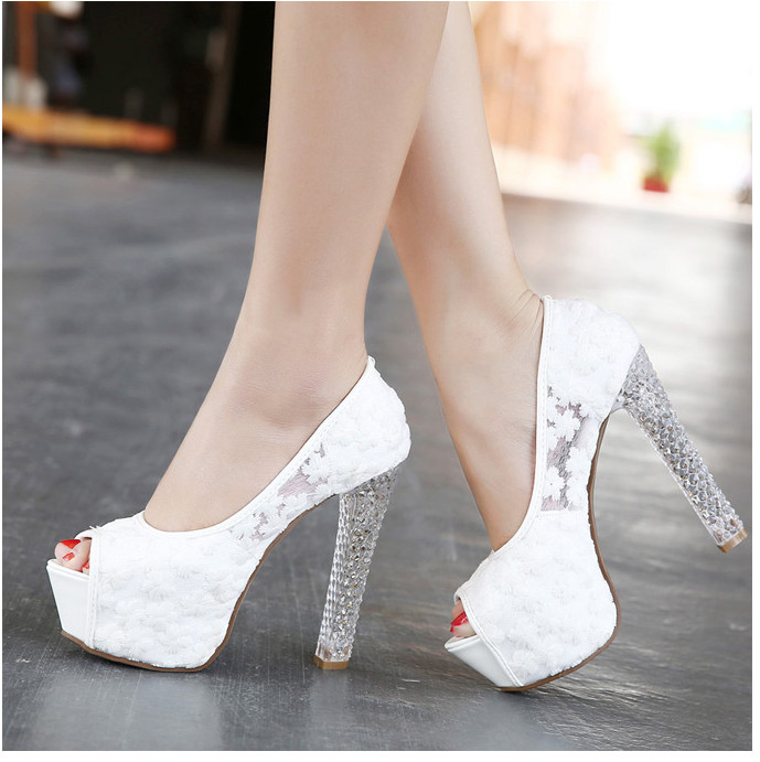 цена на Womens Wedding Shoes 2016 Crystal High Heels Ladies Peep toe platform pumps fashion white lace bridal shoes female zapatos