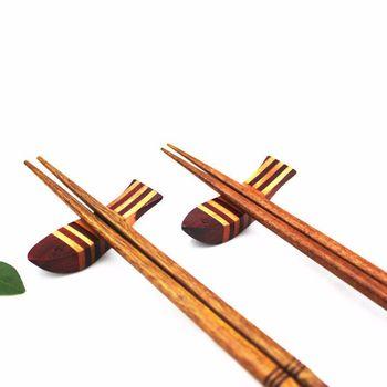 100pcs/lot Chopstick Rack Creative Fish Shape Wood Chopsticks Holder High-grade Splicing Redwood Tableware Hotel Home Supplies
