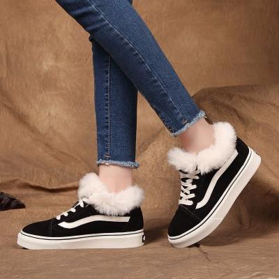 Konijn haar schoenen in de herfst en winter van 2017 hot stijl real leer en pluche warm vrouwen schoenen-in Platte damesschoenen van Schoenen op  Groep 1