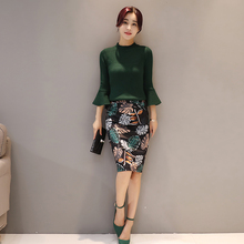 New Fashion Women Knit Blouse Top Knitting & Floral Print Slim Skirt Suit Two-Piece Clothing Set Korea Outfit Clothes Sets S-XL inc new purple gray women s large l blurred lilies print mesh knit top $79 447