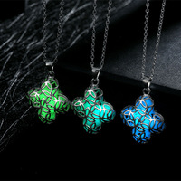 100pcs Wholesale Gorgeous Four Leaf Clover Glow In The Dark Necklaces Hollow Wish Necklaces For Women