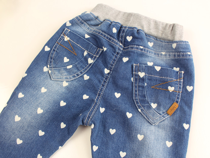 Baby-Girls-Heart-print-Denim-Jeans-Girls-Spring-Autumn-Cotton-Jeans-Kids-Casual-Long-Pants-Child-Elastic-Waist-Trousers-3