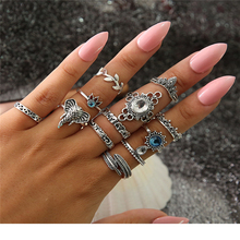 Bohemian Flower Ring Set Retro Ancient Silver Blue Crystal Elephant Feather Leaf Crown Ring Finger Jewelry New Ball Wedding Gift rhinestoned flower leaf finger ring
