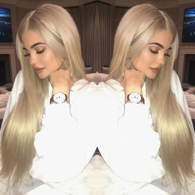 Platinum Blonde Wig Straight Hair Heat Resistant Synthetic Wig Glueless  Lace Front Wig Natural Looking Long Blonde Celebrity Wig f6ae4e746cd2