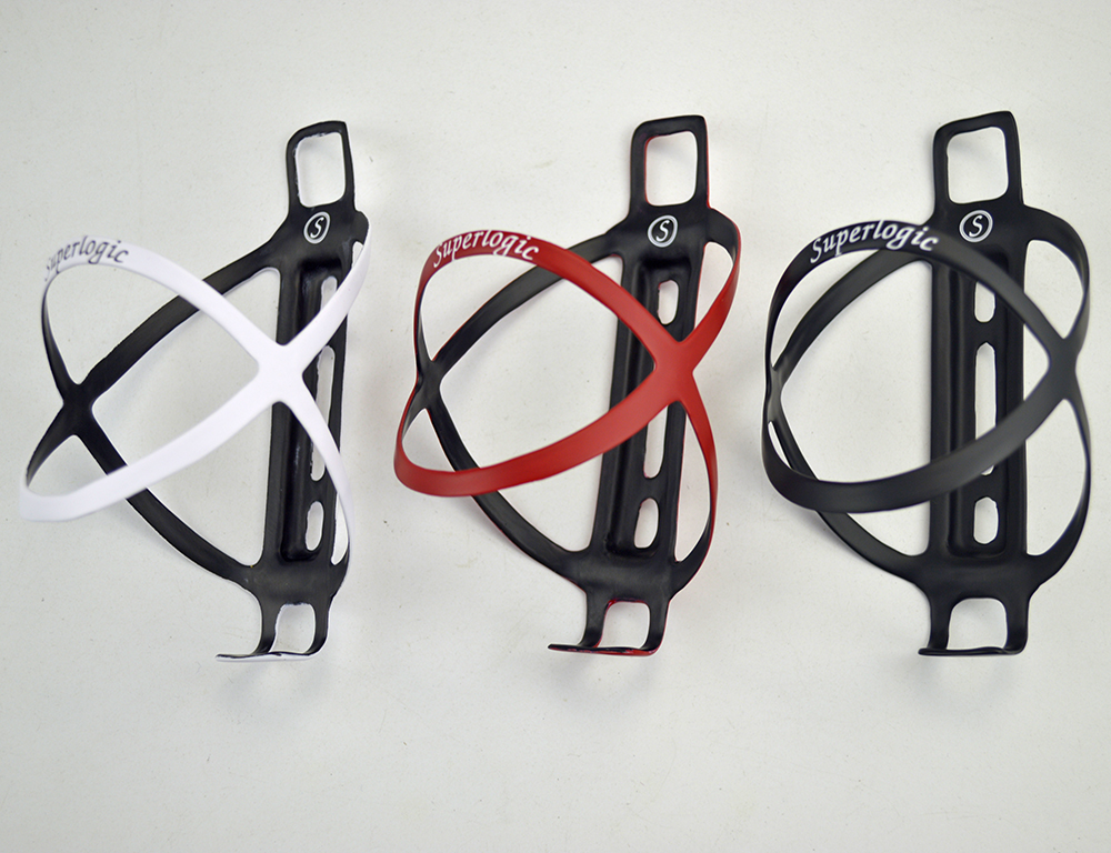 2pcs /lot Bicycle Accessories Bicycle Bottle Holder ultra-light three colors bike bottle cages mountain road bike cycling parts