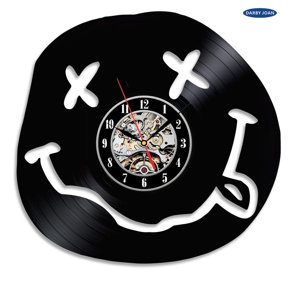 Us 18 92 57 Off Super Cool Heisser Vinyl Disc Konzept Wanduhr Lustige Smiley Thema Cd Vinyl Uhren Dekorative Wanduhr Modernes Design In Wanduhren Aus