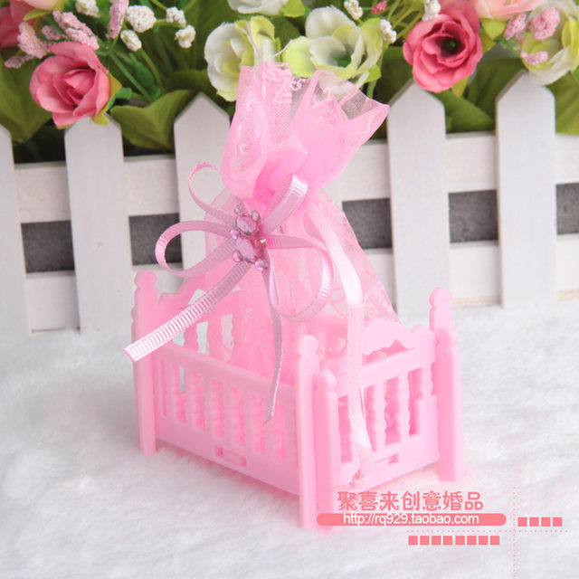 Online shop european creative baby full moon party supplies european creative baby full moon party supplies personalized baby shower candy box cradle type box gift candy bag negle Images