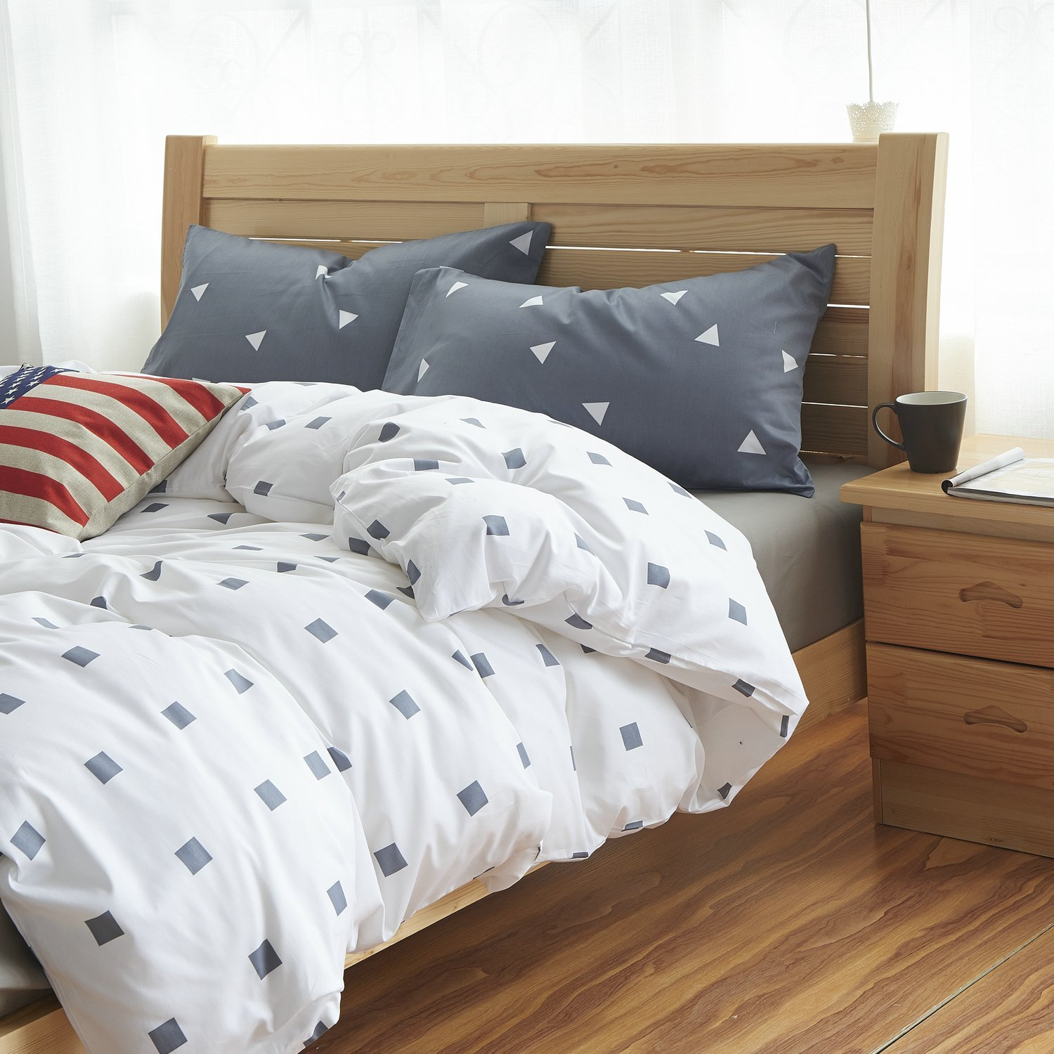 Fashion Boys And Girls Bedding Set Modern European Style Bed
