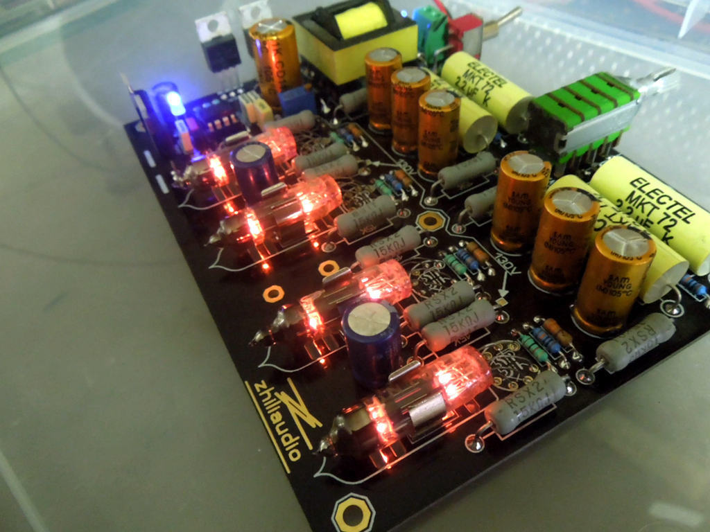 купить GZLOZONE Battery-powered of Hifi Tube Balance Preamp / 4 Channels Car Preamplifier L11-9 по цене 5915.78 рублей