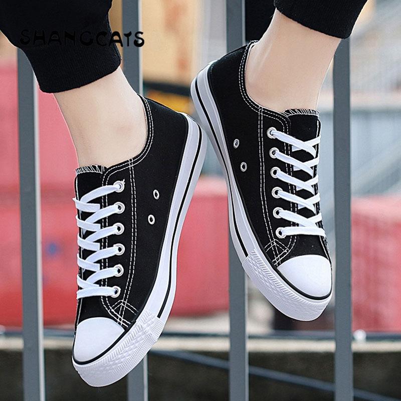 New Feel Fashion Mens Vulcanized Shoes Cool Super Canvas Shoes For Men zapatos de hombre Boy Espadrilles Student Shoes Red Black lizard сандали hike 36 feel black grey
