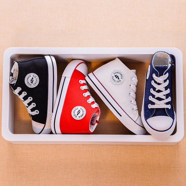 2017 Nueva Primavera de Los Niños Niñas zapatos Niños Zapatos de Encaje de La Moda con cordones Zapatos de Lona Superiores de Los Niños Zapatos Casuales Niños Niñas zapatillas de deporte
