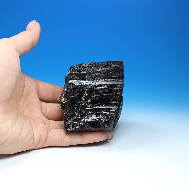 Big black tourmaline tourmaline crystal tourmaline mineral specimen original head marked mine water purification