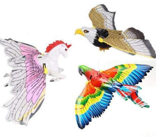 Nieuwigheid Flash Simulatie Electric Flying Eagle Bird Rotate Interactive Toys Children Kids