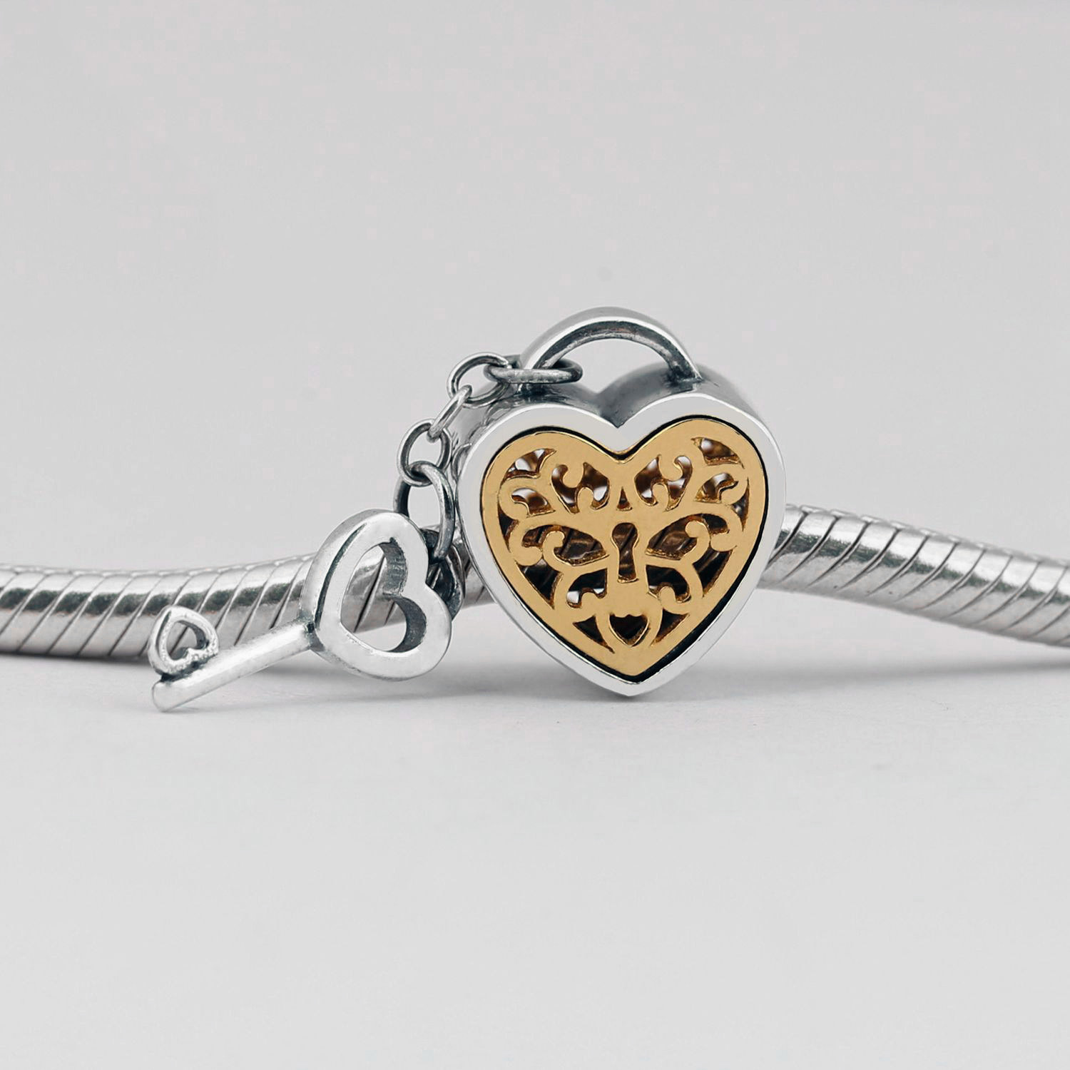 Useful 925 Sterling Silver Charms Bead Diy Gold Love Lock Beads For Original Pandora 925 Sterling Silver Bracelets Bangles Xcy127 Making Things Convenient For The People Jewelry & Accessories