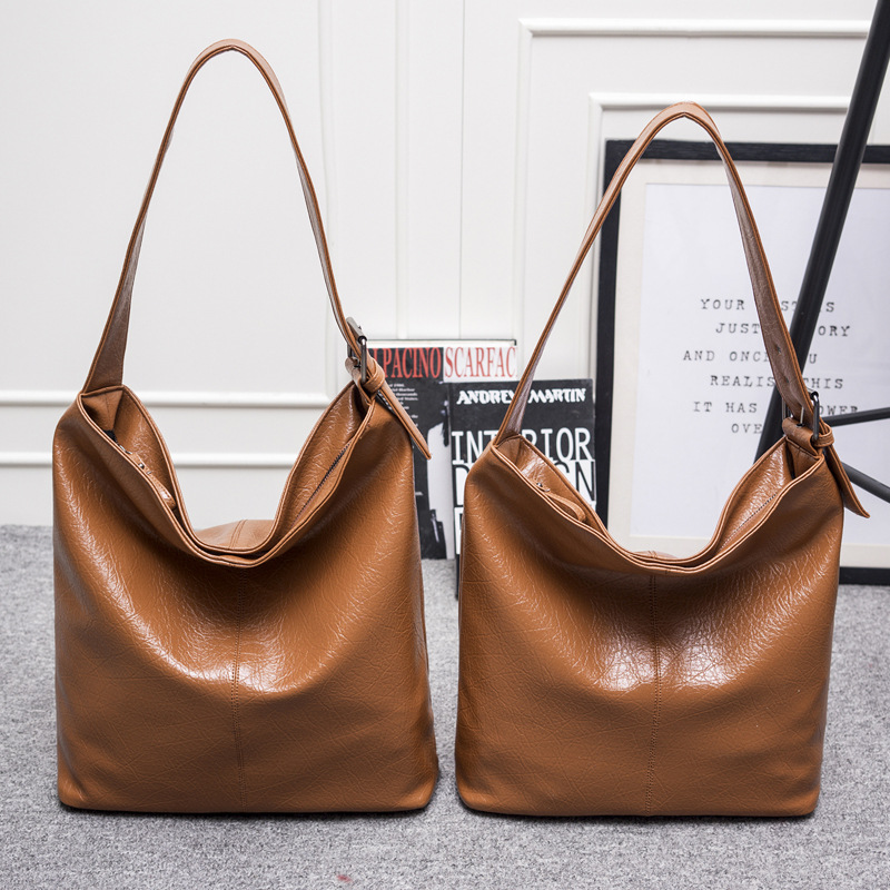 Leisure new moon bag 2018 spring / summer new shoulder bag pu handbags new moon