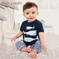 Estilo oso Líder 2016 Verano Ropa Infantil Ropa de Bebé Establece tres peces pequeños modelo de Algodón de Manga Corta 2 unids Bebé ropa
