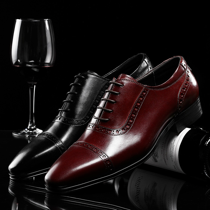 Top Brand Fashion Brocade Carved Business Dress Genuine Leather Men Shoes Wedding Shoes Casual Office Work Shoes Male Oxfords