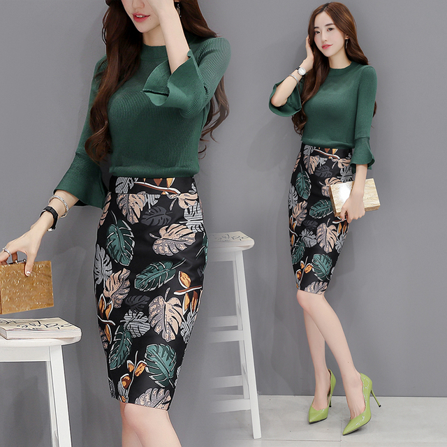 women sets autumn 2 piece set women Knitting tops + package hip skirt fashion show thin green top two-piece suit two piece set